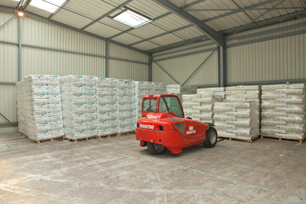 siege maupin isolation entrepot sécurisé ouate de cellulose materiaux fibre de bois laine de verre